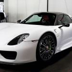 Фото | Белый Porsche 918 Spyder Weissach Package