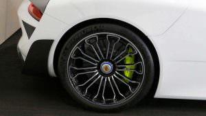 Колеса Porsche 918 Spyder Weissach Package
