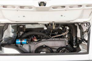 2,1-литровый двигатель VW T2 Transporter Martini Racing
