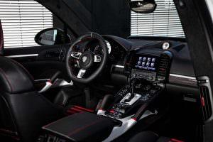 Фото салона Porsche Cayenne Magnum Sport 30 Years