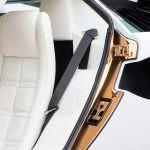 Белые кожаные сиденья Lamborghini Countach 1987 года