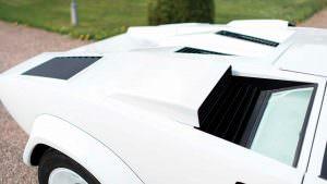 Воздухозаборники моторного отсека Lamborghini Countach