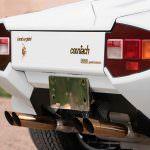 Позолоченные выхлопные трубы Lamborghini Countach