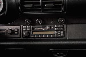 Кассетный магнитофон Porsche 911 Carrera RS 3.8 1995 года