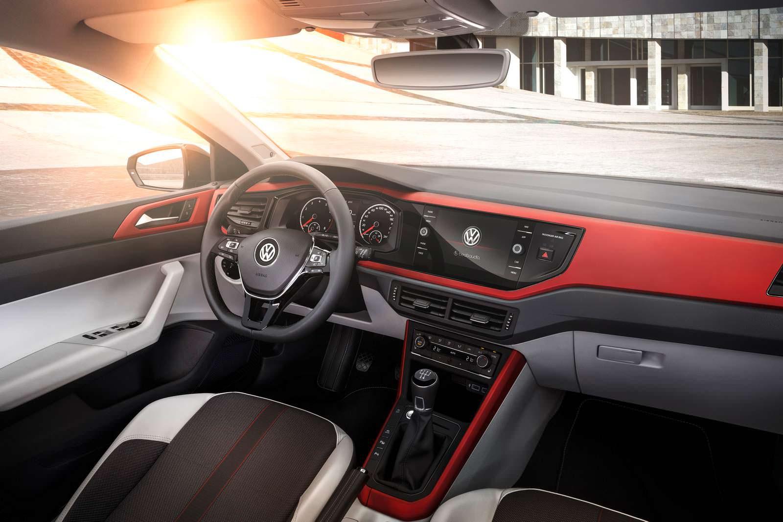 Фото салона Volkswagen Polo Beats