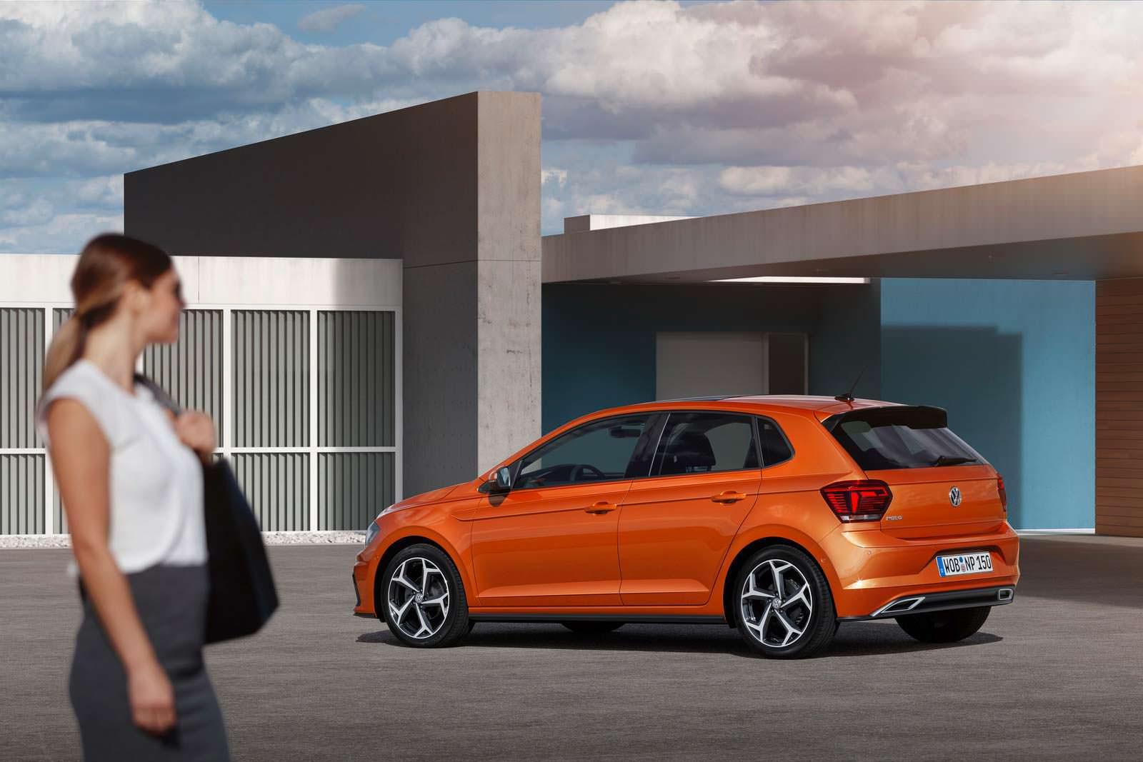 Пятидверный хэтчбек Volkswagen Polo 2018 года