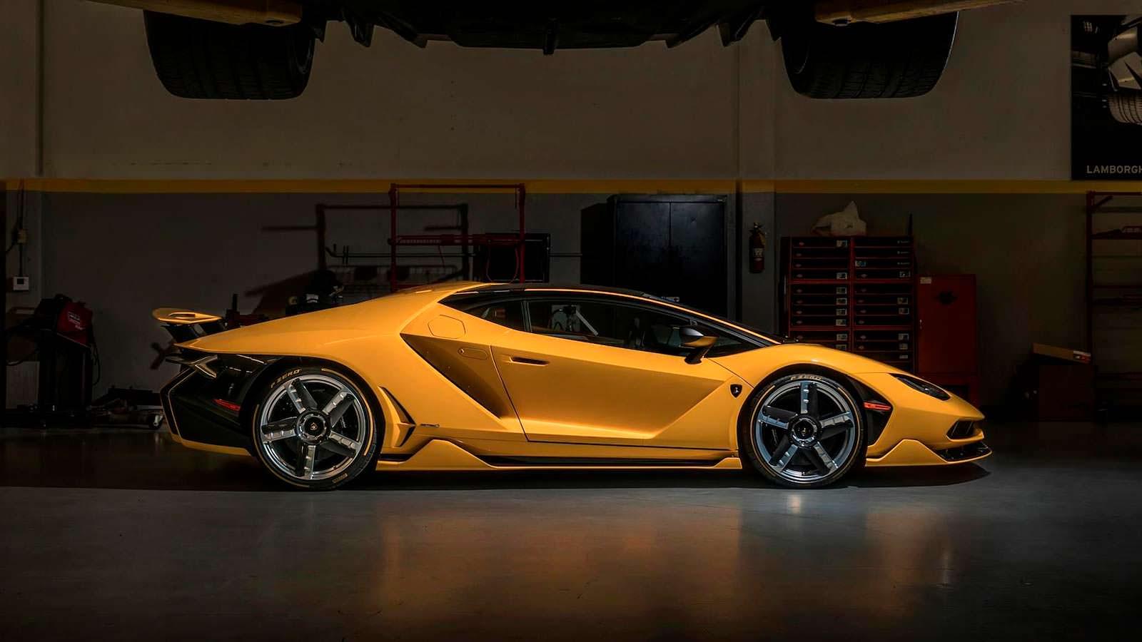 Lamborghini Centenario: цена $1,9 млн