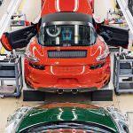999 999-я Porsche 911 Targa 4 GTS на заводе