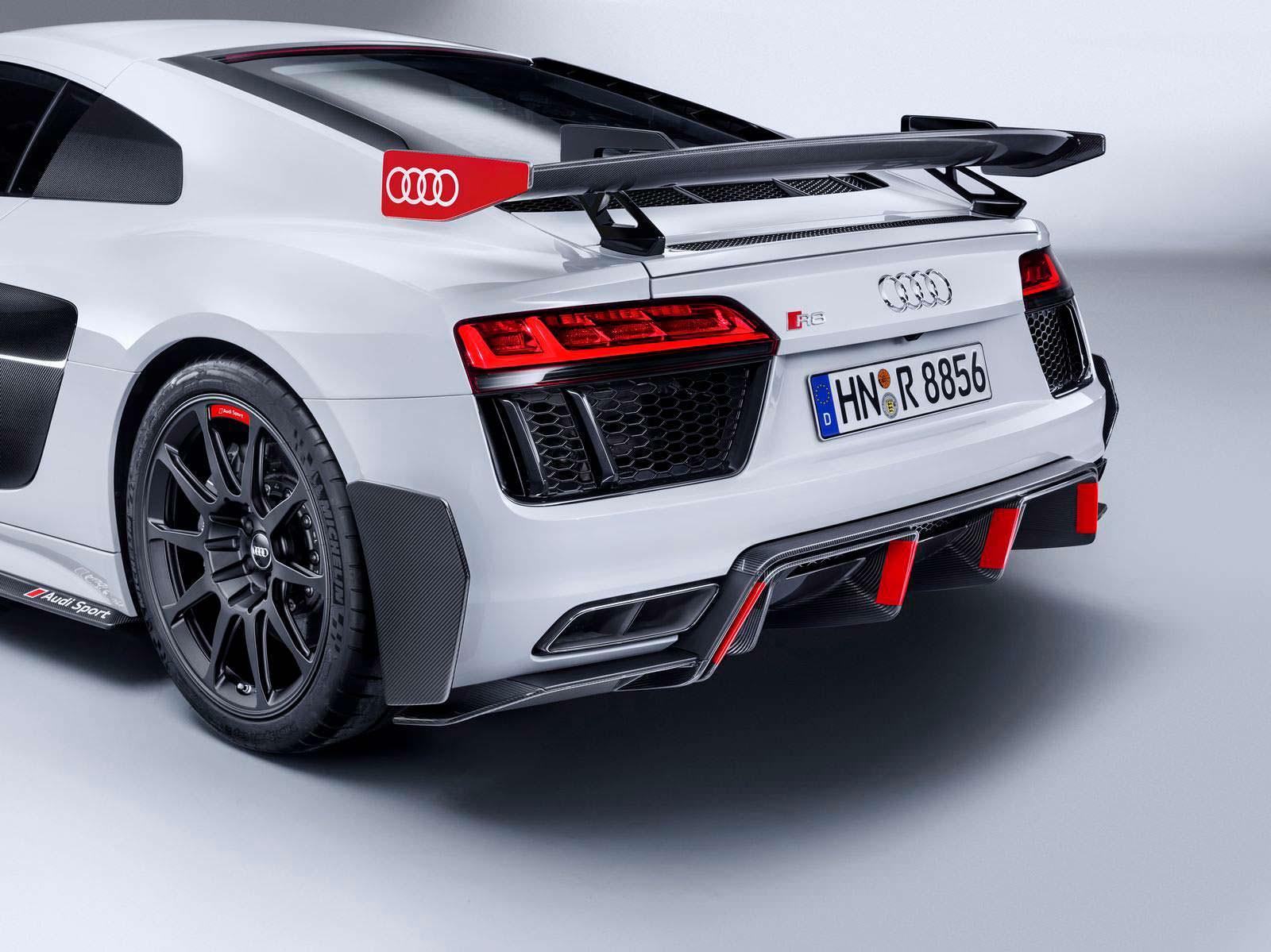 Ультраагрессивный диффузор Audi R8 Performance