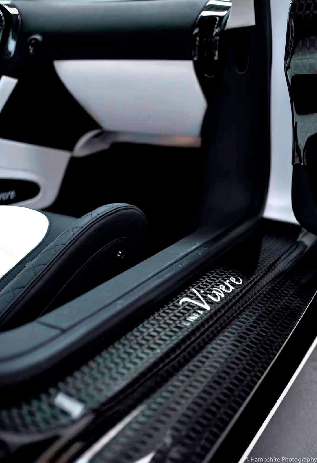 Дверные пороги Bugatti Veyron Linea Vivere от Mansory