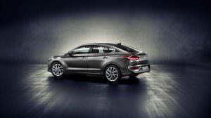 Четырехдверное купе Hyundai i30 Fastback 2018