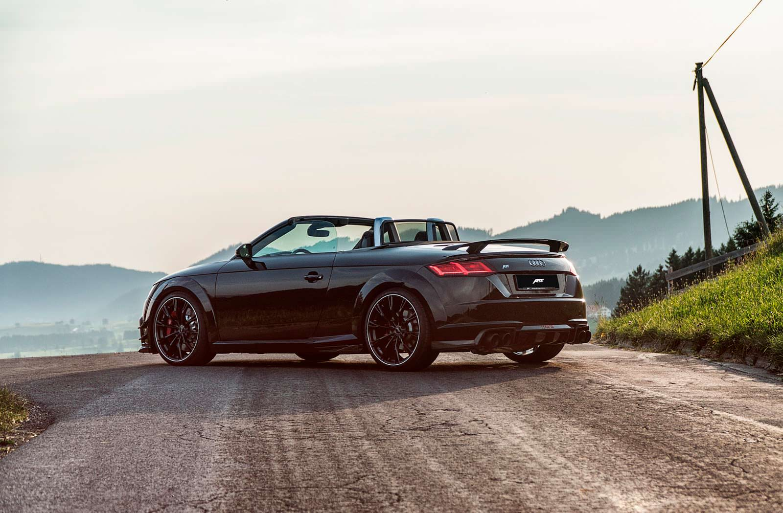 Чёрная Audi TT RS-R Roadster. Тюнинг от ABT Sportsline