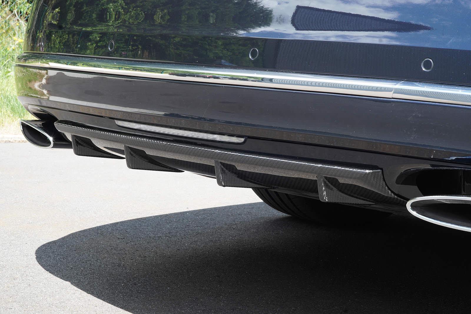 Карбоновый диффузор в заднем бампере Bentley Mulsanne