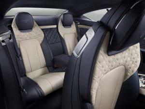 Сиденья второго ряда в салоне Bentley Continental GT 2018