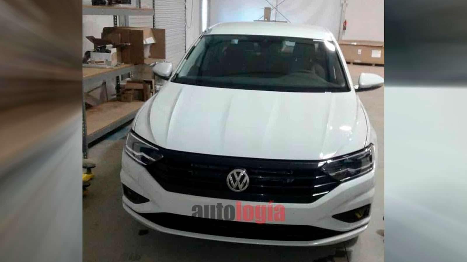 Шпионские фото Volkswagen Jetta VII без маскировки