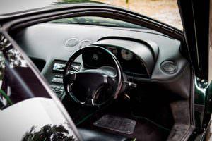 Чёрный кожаный салон Lamborghini Diablo SV
