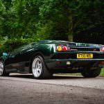 Зелёный суперкар Lamborghini Diablo SV 1997 года выпуска