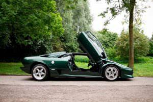 Суперкар Lamborghini Diablo SV с правым рулем