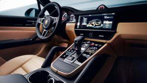 Центральная консоль Porsche Cayenne нового поколения