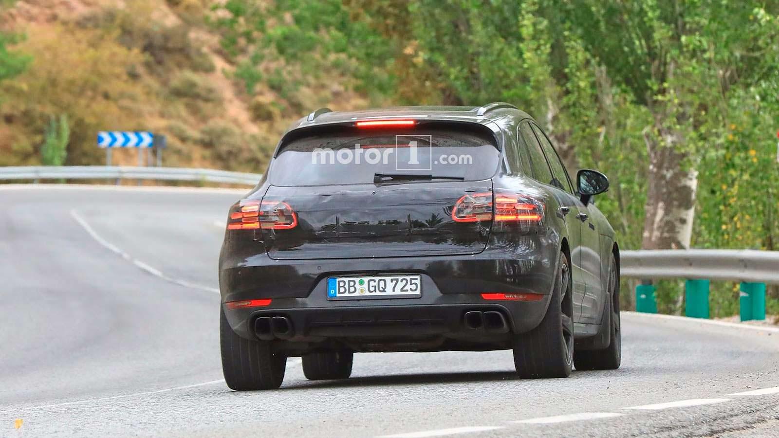 Шпионские фото Porsche Macan 2018