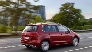 Обновленный Volkswagen Golf Sportsvan 2018 года