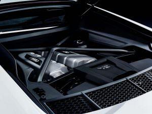 Моторный отсек Audi R8 V10 RWS