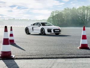 Audi R8 V10 RWS с задним приводом от подразделения Audi Sport