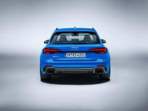 Облегченный универсал Audi RS4 Avant Carbon Edition