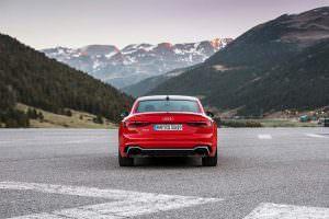 Облегченная Audi RS5 Coupe Carbon Edition