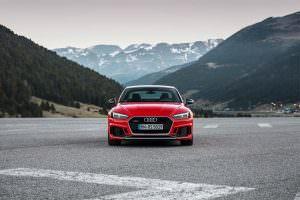 Новая Audi RS5 Coupe Carbon Edition