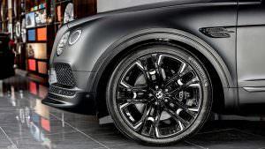 23-дюймовые колеса Bentley Bentayga Le Mans Edition от Kahn