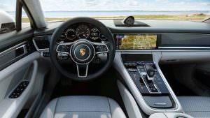Интерьер Porsche Panamera Turbo S E-Hybrid Sport Turismo