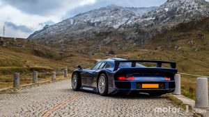 Уникальный суперкар Porsche 911 GT1