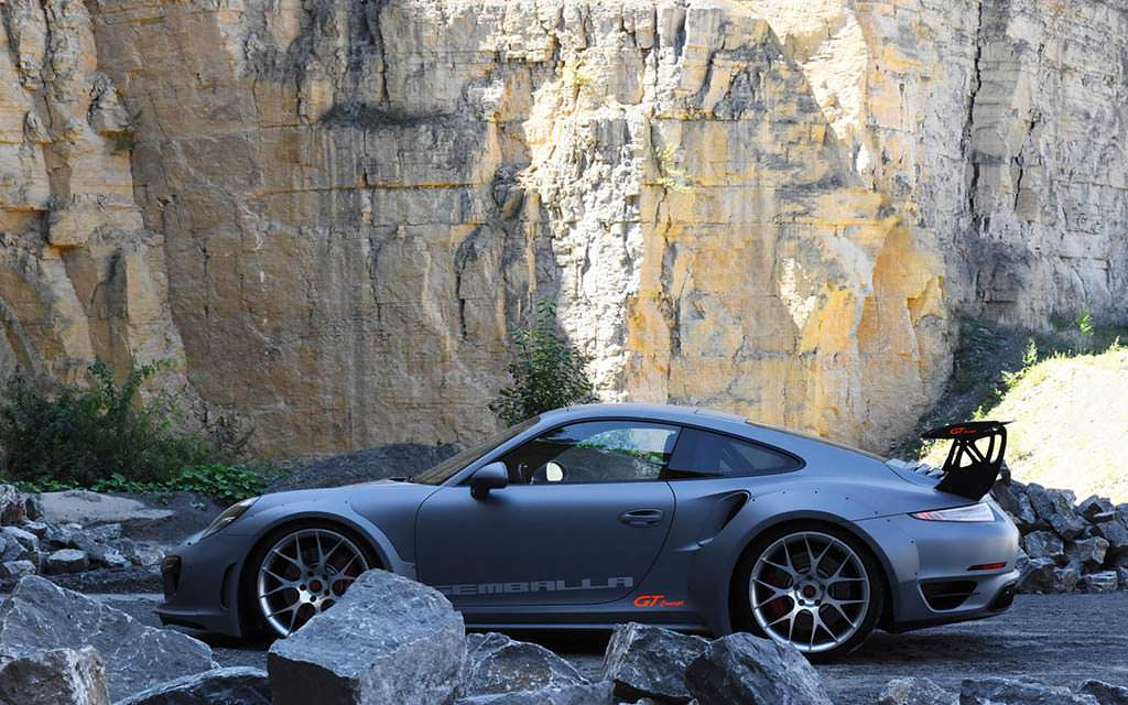 Порше 911 Turbo превратили в«ракету»