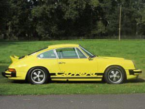 Ретро Porsche 911 Carrera 2.7 MFI 1974 года