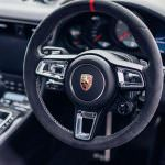 Салон Porsche 911 Carrera 4 GTS British Legends Edition