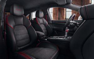 Интерьер Porsche Macan Turbo Exclusive Performance Edition