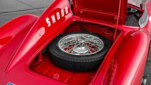 Запасное колесо Skoda 1100 OHC