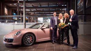 Подарок Porsche теннисистке Лауре Зигемунд