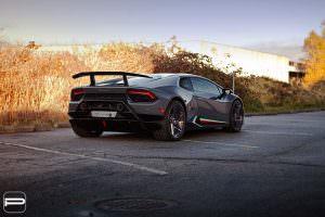 Lamborghini Huracan Performante на 22-дюймовых дисках