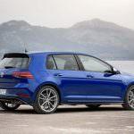 Новый Volkswagen Golf R Performance Pack
