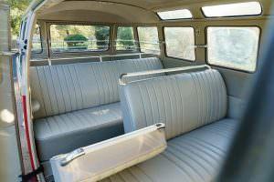 Салон на 8 человек Volkswagen Microbus Deluxe 1960 года