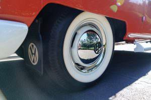 Оригинальные колпаки на колесах Volkswagen Microbus Deluxe