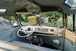 Фото салона Volkswagen Microbus Deluxe 1960 года