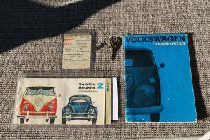 Сервисная книга Volkswagen Microbus Deluxe 1960 года