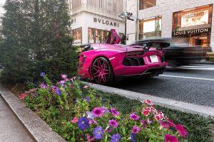 Розовая Ламборджини Авентадор