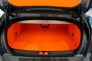 Оранжевый багажник Bentley Continental GT от Startech