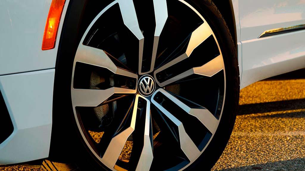 Новые колёсные диски Volkswagen Tiguan R-Line 2018