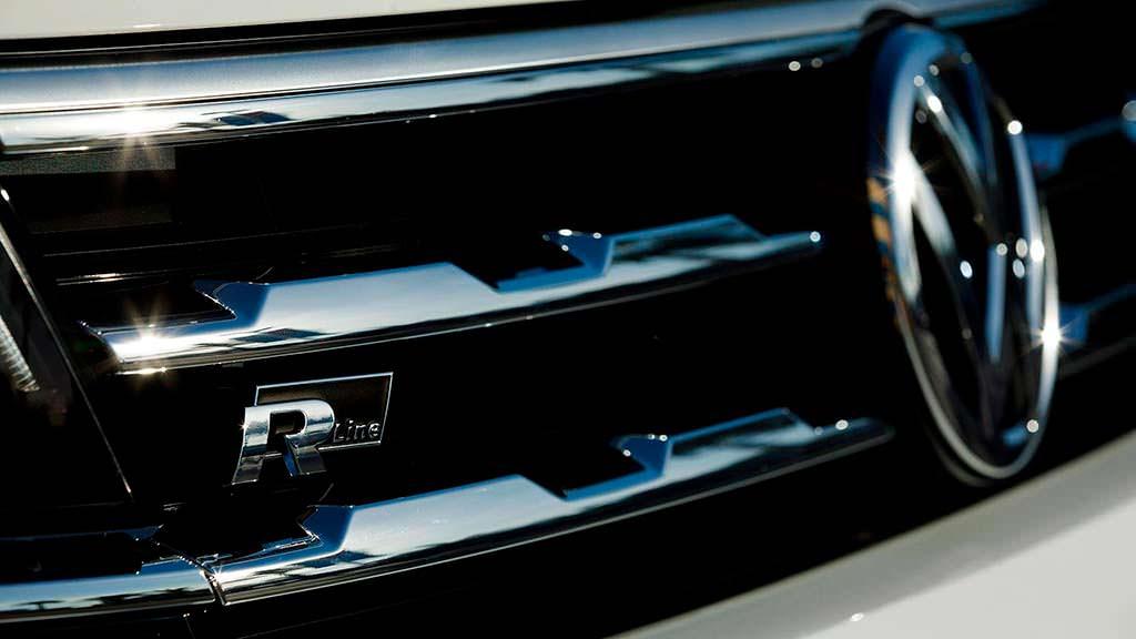 Радиаторная решетка R-Line для Volkswagen Tiguan 2018