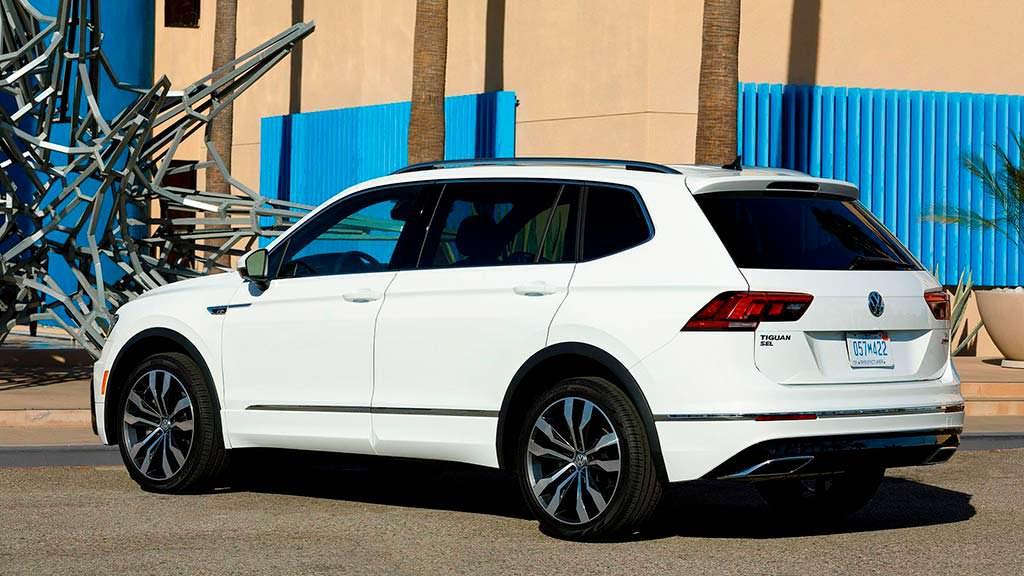 Volkswagen Tiguan R-Line 2018 белого цвета